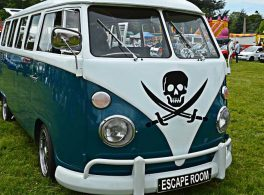 escape room camper